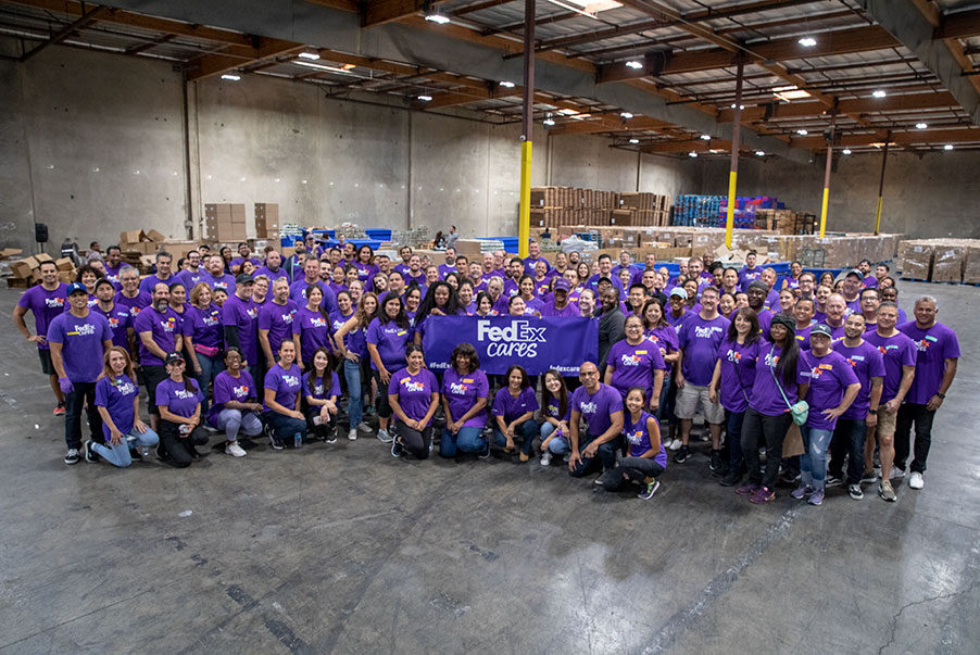 FedEx Cares Volunteers at the Food Bank