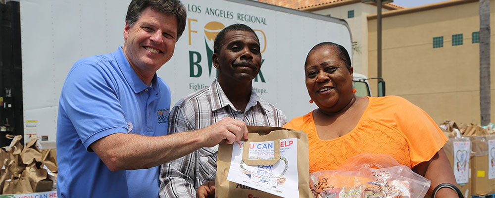 la-food-bank_feed-socal-gallery-W31A0671-v1