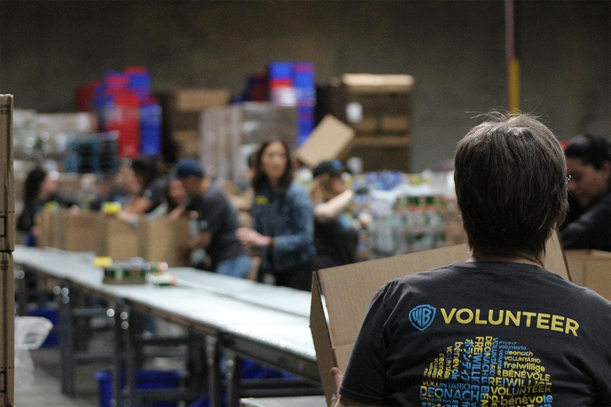WB Volunteer at the LA Regional Food Bank
